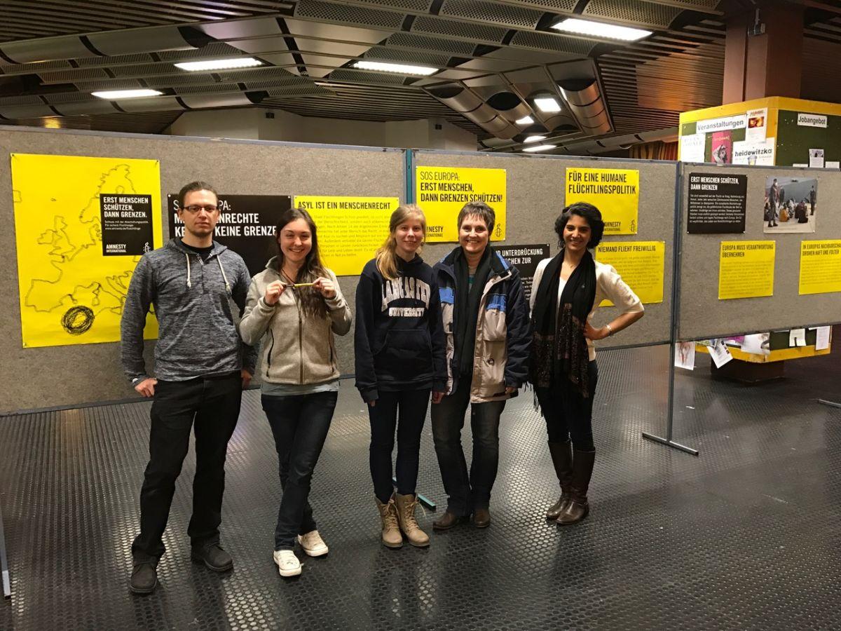 """Ausstellung """"Ohne Chance auf Asyl"""" an der Uni Trier"""