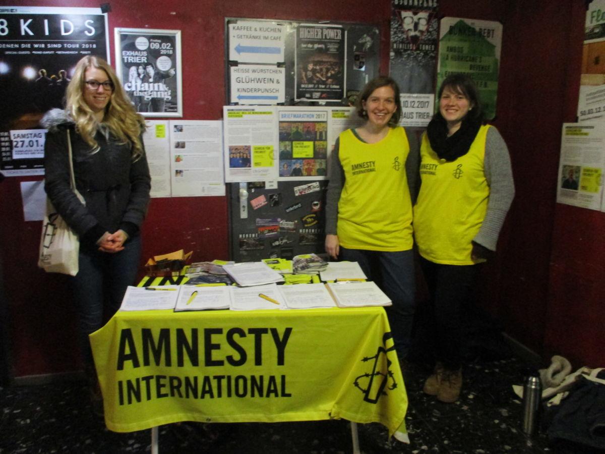 Stand zum Briefmarathon 2017 im Exhaus Trier
