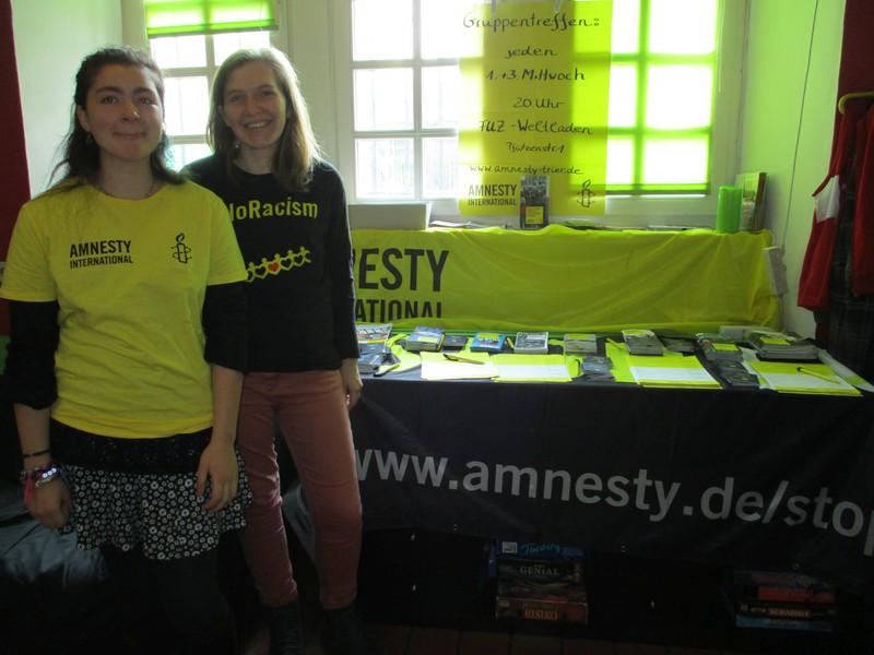 Petitionsstand beim Flohmarkt im Mergener Jugendzentrum im November 2016